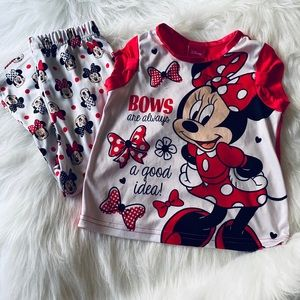Disney's EUC Minnie Mouse Pajama Set